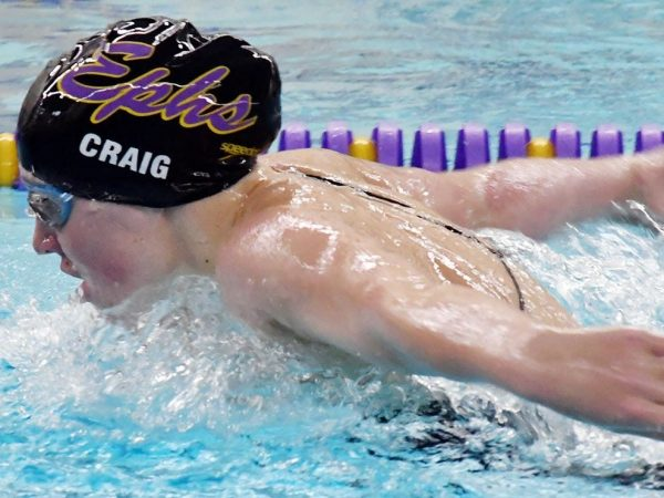 Image for Swimmer Molly Craig '21 studies remotely and trains in CA