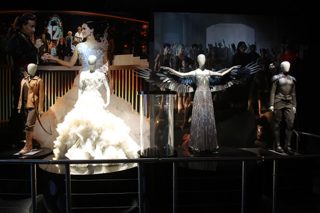 A traveling exhibition of The Hunger Games explores the historical, scientific and cultural contexts of the film.