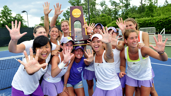 Women's tennis wins 5th consecutive national championship